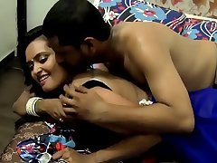 New Hindi short Film mast bhabhi with his exboyfriend in bedroom hot